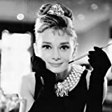 Pyramid International WDC95141 Audrey Hepburn Breakfast at Tiffany's black und white   Leinwanddruck auf MDF-Keilrahmen