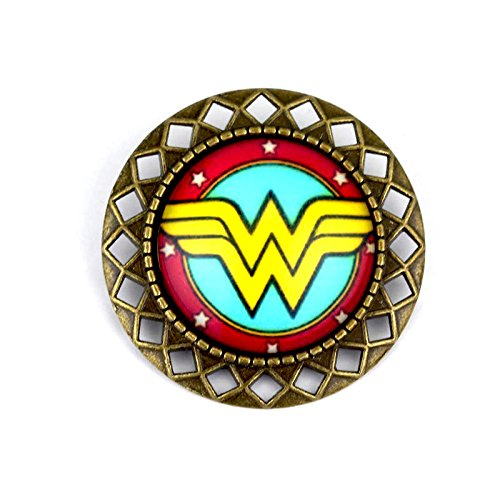 Chapa de metal de Wonder Woman.