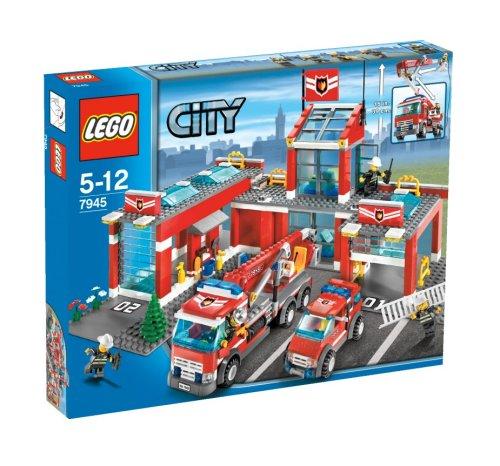 LEGO-City-7945-Fire-Station