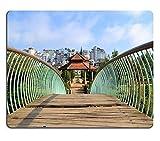 luxlady Mousepads Brücke Führt zu einer Pavillon in Blume Park mit Central Dalat in Dalat Vietnam Bild 37842468Individuelle Art Desktop Laptop Gaming Mauspad