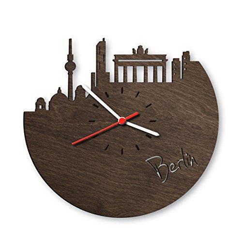 Skyline Berlin Wanduhr aus Eichen-Holz geräuchert Made in Germany | Design Uhr aus Echtholz | Wand-Deko aus Eiche geräuchert | Originelle Wand-Uhr | Moderne Wand-Uhr im Skyline Design | Wand-Dekoration aus Natur-Holz (Designer-wand-uhr)