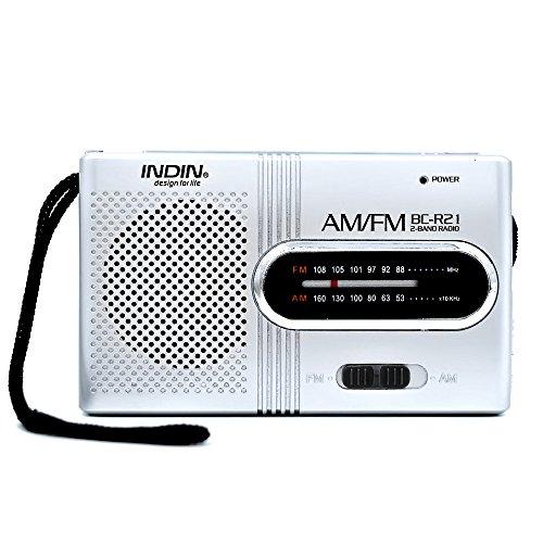 Portable Radio AM / FM radio avec antenne télescopique Mini récepteur radio, alimenté par 2 piles AA (non compris)