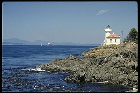 387059 Lime Kiln Lighthouse San Juan Island Washington A4 Photo Poster Print 10x8