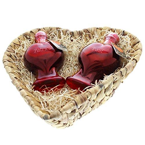 herzflaschen-duo-sweet-cherry-das-susse-wein-geschenk-zum-valentinstag-mit-ihrer-personlichen-gravur