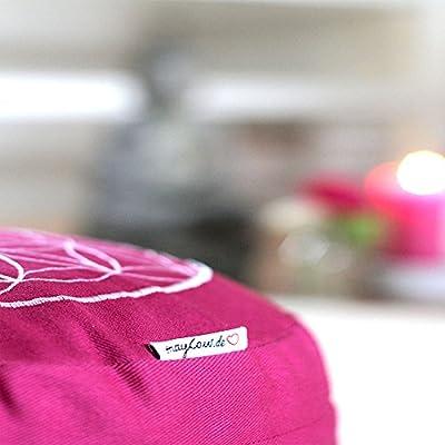 maylow - Yoga mit Herz® - Yogakissen Meditationskissen mit Stickerei Blume des Lebens 33x15 cm ( erhöhte Sitzposition für Anfänger und Geübte) mit Dinkelspelz gefüllt - Bezug und Inlett 100% Baumwolle
