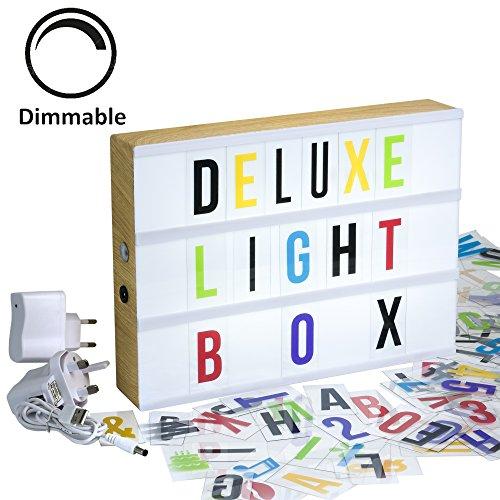 Gadgy ® Dimmable Cinema LightBox Deluxe A4 avec Adaptateur | Boite Cinematographique LED avec 170 Lettres et Symbolos Emoji Chiffres | Enseigne Lumineuse Vintage Imitation de Bois 30x 22x5,5 cm Lampe D'ambiance