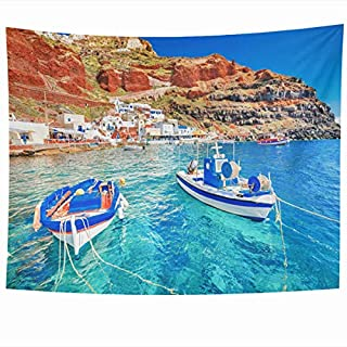 Daawqee Tapisseries Wall Hanging 80 x 60 inches Aegean Blue Boat Greece Breathtaking Two Mountain Fishing Parks Santorini Amazing Beach Summer Day Home Tapestries Office Bedroom Living Room Dorm