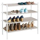 mDesign Mueble zapatero para el armario o el recibidor - Guarda zapatos bajo de metal y tejido transpirable, repelente al agua - Compacta estantería zapatero con 4 baldas - beis y blanco