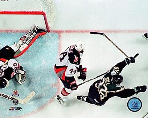 Brett Hull 1999 Stanley Cup Finals Photo Print (50.80 x