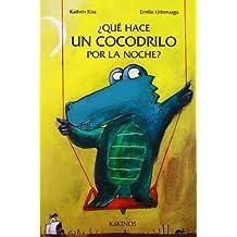 Qué hace un cocodrilo por la noche?