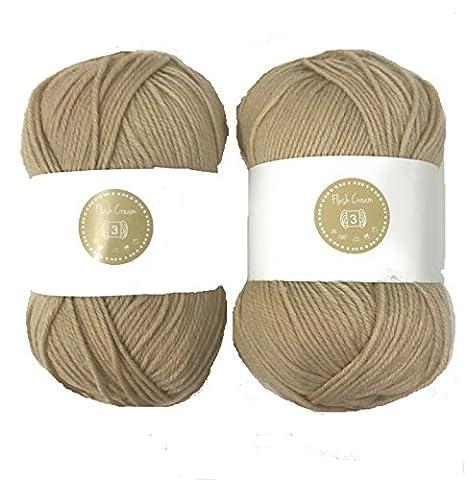 Flesh Cream House of Cecilia 2 x 100g balls 100% acrylic knitting yarn crochet crafts