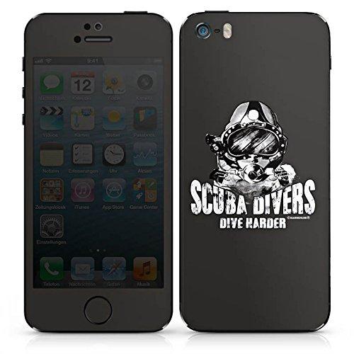 Apple iPhone SE Case Skin Sticker aus Vinyl-Folie Aufkleber Scuba divers dive harder Taucher tauchen DesignSkins® glänzend
