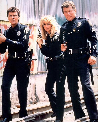 moviestore-heather-locklear-als-officer-stacy-sheridan-unt-james-darren-als-officer-jim-corrigan-in-