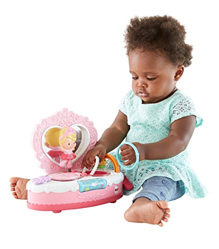 Fisher Price Princess Mommy Musical Jewelry Box by Fisher-Price Fisher-Price