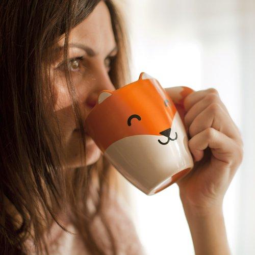 Fuchs Tasse mit niedlichen Ohren und büschigen Schwanz (Fox Schwanz Und Ohren)