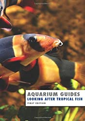 Aquarium Guide: Looking After Tropical Fish (Aquarium Guides) by Kevin Wilson (2013-06-01)