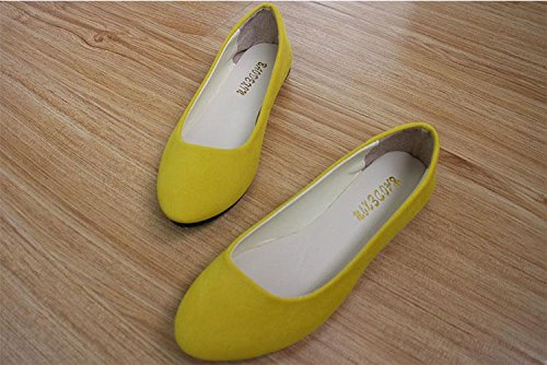 LvYuan Women's Flats / Suede / Office & Karriere / Flat Ferse / Comfort Outdoor Casual Mode / Loafers & Slip-Ons / Gehen faule Schuhe Yellow