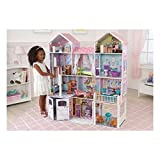KidKraft 65242 Maison de poupées en bois Country Estate incluant accessoires et mobilier, 4 étages de jeu pour poupées 30 cm