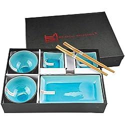 Tokyo Design Studio, Glassy Turquoise, Set mit 2 Teller + 2 Sauce Schalen + 2 Reis Schalen+ 2 Essstäbchen, 8-tlg., Porzellan aus Japan