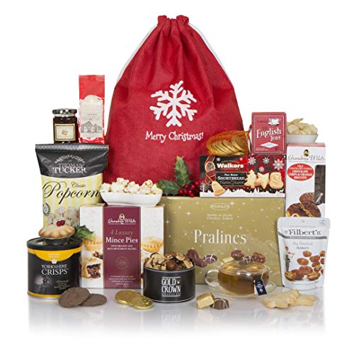 Festive Favourites Christmas Hamper - The Delicious Gourmet Xmas Gift - UK Food Gift Hampers for Christmas...