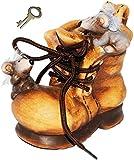 """Spardose - """" lustige Mäuse im Schuh """" - mit Schlüssel und Schloss - mit echten Schnürsenkel ! - stabile Sparbüchse aus Keramik / Porzellan - Sparschwein - Schuhe - Einkaufen / Schuhkauf - Sport / Sportschuhe - Geldgeschenk - Monete / Knete - Mäuse / Maus - für Kinder & Erwachsene / lustig witzig - Shopping Tour"""