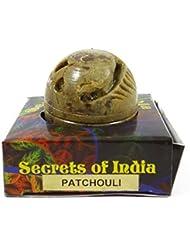 Musc solide de corps de parfum de patchouli naturel dans le pot en pierre 8 gms