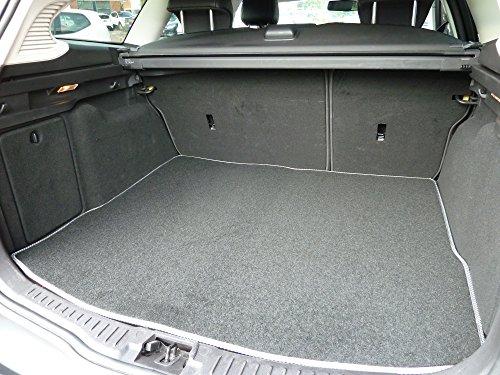 Preisvergleich Produktbild Individuell gefertigte und anpassbare luxuriöse Kofferraumauskleidung aus Velours für Ford Mondeo (MK 3) 2000-2006 von Connected Essentials - schwarz mit blauem Rand