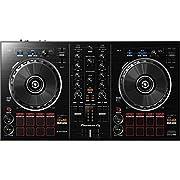 Questo DJ controller a 2 canali si ispira ai Pioneer pro-DJ per rekordbox DDJ-RZ e il DDJ-RX. alimentato mediante USB, include tutto quello che serve per iniziare a utilizzare il tuo software per le performance rekordbox dj. perfetto per i 'D...