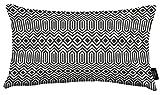 McAlister Textiles Aztec Kollektion | Rechteckiges Zierkissen im Geometrischen Colorado-Muster mit Füllung | 50cm x 30cm in Schwarz | Deko Kissen für Sofa, Bett, Couch