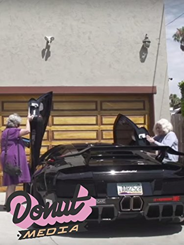 two-grandmas-pull-out-in-a-lamborghini