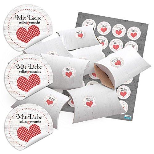 48-kleine-geschenkschachteln-holz-optik-weiss-mit-aufkleber-mit-liebe-selbstgemacht-mit-rotem-herz-w