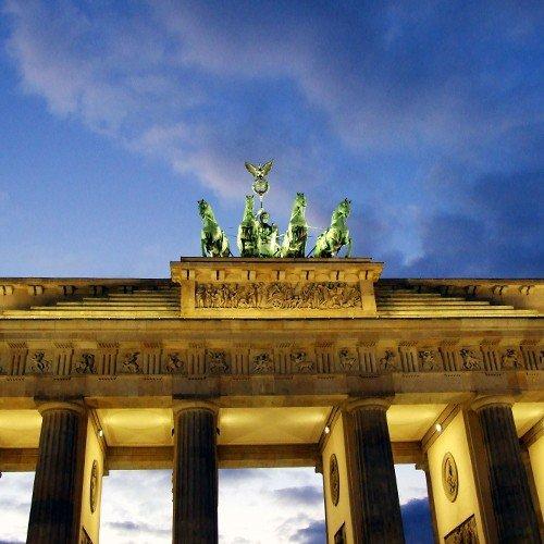 viaje-faros-cupones-3-dias-en-el-corazon-de-la-principal-ciudad-holiday-inn-berlin-de-mediados-de-