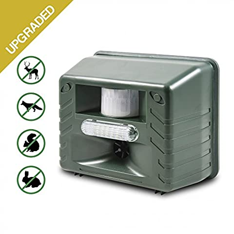 Aspectek - Yard Sentinel STROBE- Ultrasonic Outdoor Animal Control Pest Repeller Motion Detector - Rodents, Deer, Cats, Dogs, Mice Repellent Device, Includes Extension