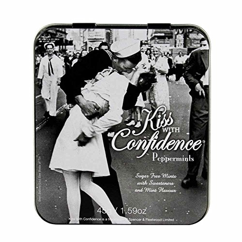 vintage-style-kiss-with-confidence-peppermints-in-a-gift-tin-menta