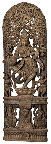 dancing-diosa-saraswati-con-flores-aureole-y-ganesha-lakshmi-sobre-base-sur-de-la-india-templo-mader
