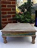Traditioneller indischer Bajot-Tisch aus Holz