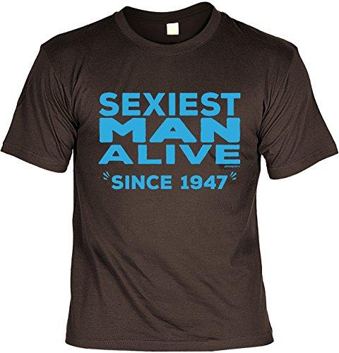 Cooles T-Shirt zum 70. Geburtstag Sexiest Man Alive Since 1947 Geschenk 70. Geburtstag 70 Jahre Geburtstagsgeschenk Geschenk Opa Oma Großeltern Braun
