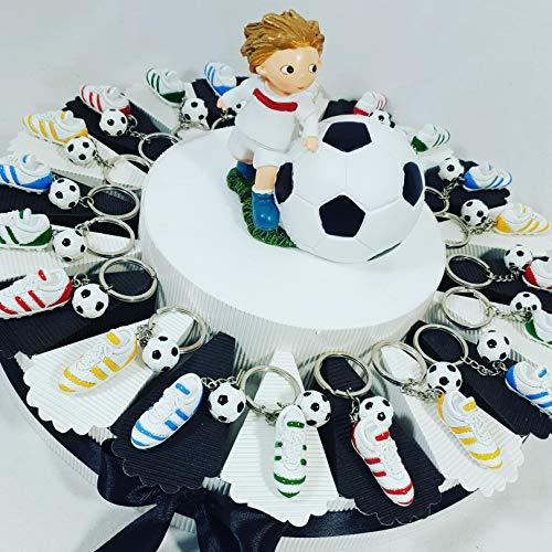 Bomboniere calcio portachiavi scarpette calcio con pallone confezione su torta bomboniera squadra del cuore (torta 20 fette jueventus)