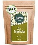 Triphala Bio Pulver - 200g - aus Amalaki, Haritaki, Bibhitaki - Ayurveda Biotriphala - Abgefüllt und Kontrolliert in Deutschland (DE-ÖKO-005) - 100% Vegan - GP: € 7,95/ 100g