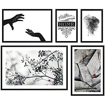 Juniqe® Erotisch Schwarz & Weiß Poster im Kunststoffrahmen