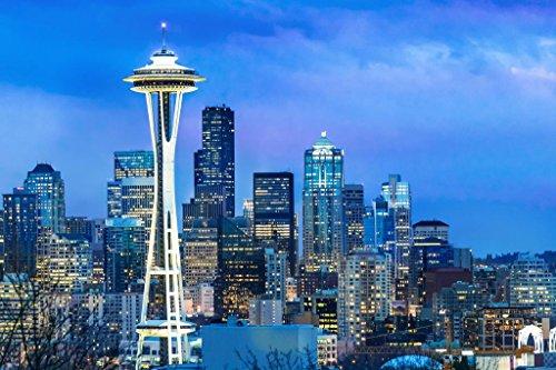 Poster Skyline Von Seattle (Poster Gießerei Seattle Washington Skyline Space Needle Bei Dämmerung Foto Kunstdruck von proframes 54x36 inches Poster)