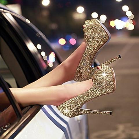 San Pattini bianchi di nozze d'oro scarpe