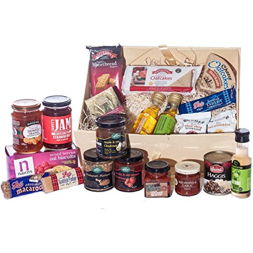Scottish Food Hamper - Great large Christmas hamper giftbox. Great Christmas present idea for him, her, mum, dad, sister, brother, or grandparents