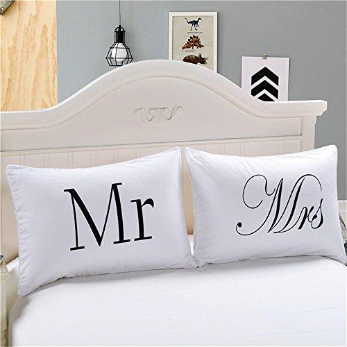 Open Buy Lot de 2 taies d'oreiller élégantes motif Mr & Mrs pour chambre d'hôtel, chambre d'hôte, cadeau de mariage, etc. Blanc 50 x 75 cm