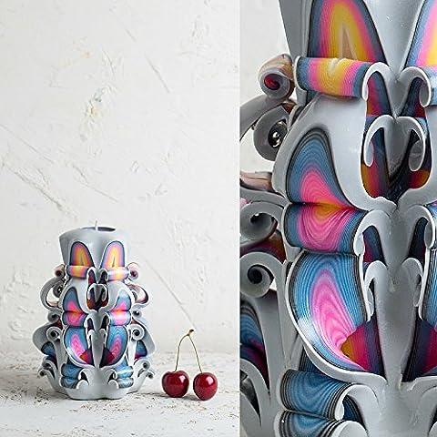 Klein, Weiß mit hellen Regenbogen-Lippen - dekorativ geschnitzte Kerze - EveCandles
