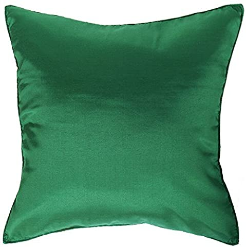 Artiwa? Silk Throw Decorative Pillow Cover for Sofa Bed Couch 16x16 in. Christmas Green by Artiwa