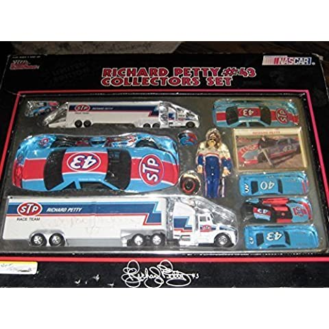 STP #43 Richard Petty Race Team Nascar Winston Cup Racing Collectors Set From Racing Champions 1991 by nascar set