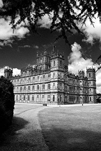Foto einem 30,5 x 45,7 cm Fotodruck Highclere Schloss Hampshire der Standort für die TV Drama Downton Abbey England UK Portrait Foto b/w Bild Art Print