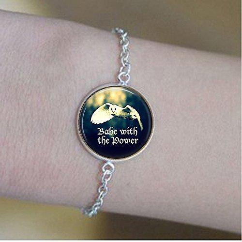 bab Baby with The Power - Eulenschmuck - Inspirierendes Geschenk - Eulen-Armbänder - Geschenk für Sie - feministischer Schmuck - Abschlussgeschenk