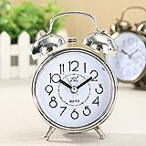 KING DO WAY Klassik Wecker Clock , Lernwecker Alarm Doppel Glocken , Retro Tischuhr mit Nacht Licht, kein Ticken, geräuschlos (Silber)